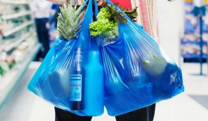 Τελικά το μέτρο με τις πλαστικές σακούλες είχε αποτέλεσμα;