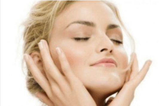 Φτιάξτε μικκυλιακό νερό μόνες σας που είναι ιδανικό για την καθημερινή φροντίδα του δέρματός σας.
