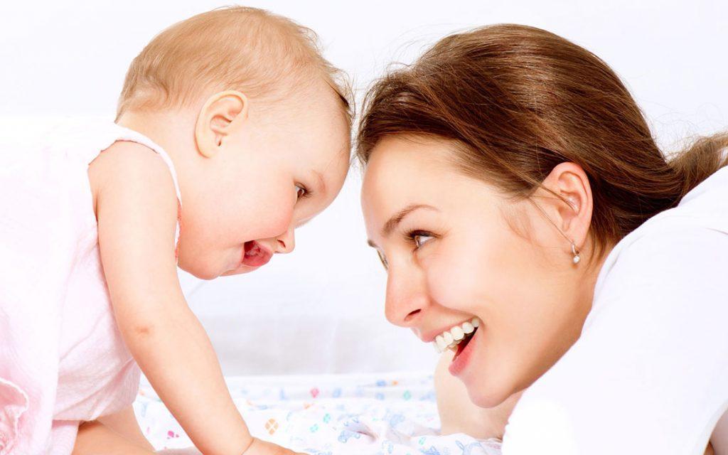 Μιλάς και εσύ στο μωρό σου μπεμπεκίστικα; Να γιατί πρέπει να σταματήσεις..