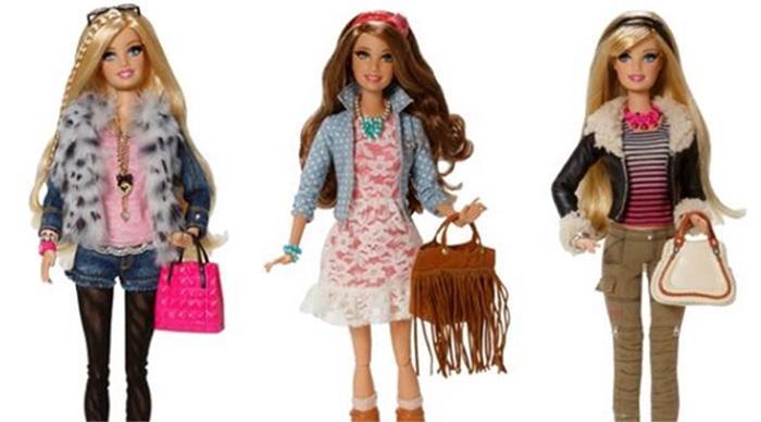 Φτιάξτε τα πιο όμορφα ρούχα για τις Barbie κούκλες της μικρής σας πριγκίπισσας! Η μικρή σας θα ξετρελαθεί!