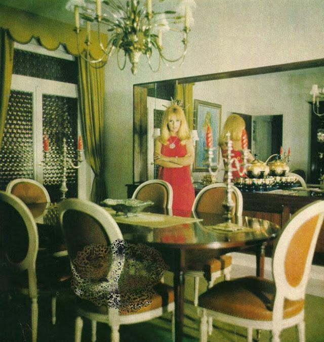 Πραγματικό παλάτι: Αυτό ήταν το εντυπωσιακό σπίτι της Βουγιουκλάκη και του Παπαμιχαήλ που ελάχιστοι έχουν δει! (σπάνιες φωτογραφίες)