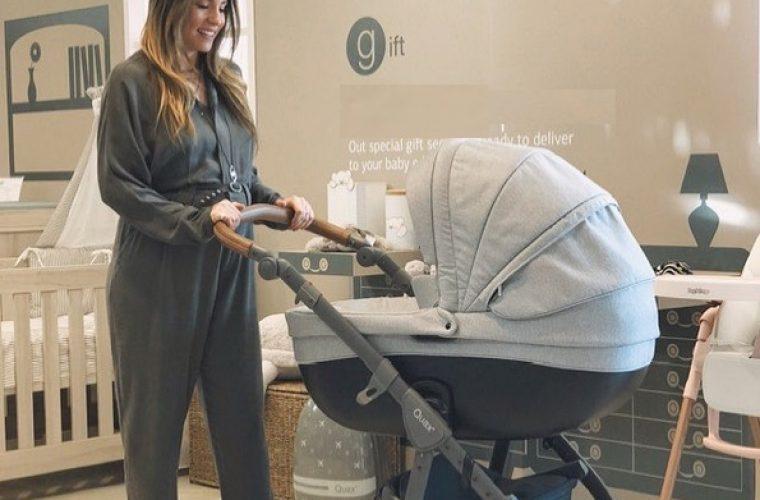 Αθηνά Οικονομάκου: Η επιστροφή στο σπίτι με τον γιο της και η συγκίνηση!