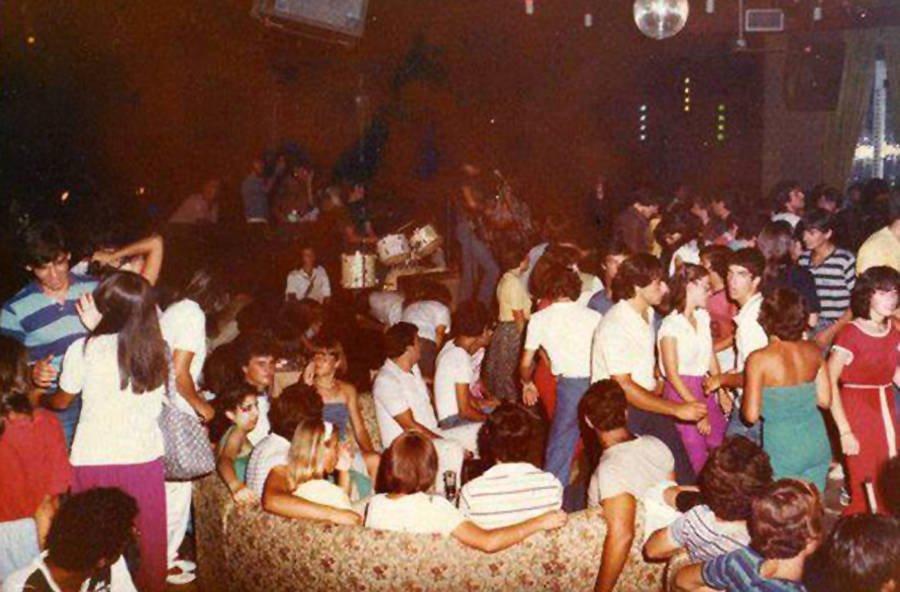 Οι θρυλικές ντισκοτέκ της δεκαετίας του '80 που έβαζαν φωτιά στις νύχτες