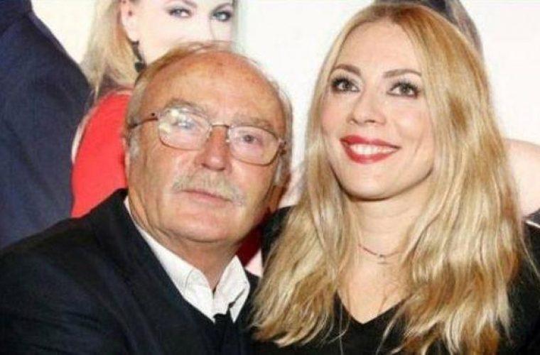 Ντίνος Καρύδης: «Χρωστάω στη Σμαράγδα και δεν θα έπρεπε. Αυτή συντηρεί εμένα και τη σύζυγο μου»