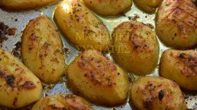 Πατάτες στο φούρνο λουκούμι! Θα ξετρελαθείτε!