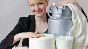 Η σχεδιάστρια μόδας που φτιάχνει ρούχα από …ληγμένο γάλα! Πουλά τα προϊόντα της ήδη σε 30 χώρες!