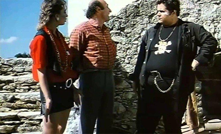 Κώστας Μακέδος Η αγαπημένη παχουλόκομψη μορφή των '80s που αρνείται πλέον να λέει πως είναι ηθοποιός