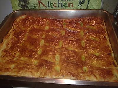 Πεντανόστιμη καροτοκοτόπιτα!!Μία πίτα που θα την φτιάξετε πολλές φορές !!!!