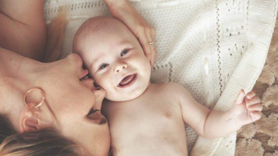 H μητρότητα είναι ο πιο ωραίος πόνος στην καρδιά...