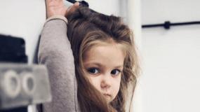 Χαρακτηρισμοί πάνω στο θυμό μας: «Είσαι χαζό και δεν καταλαβαίνεις;» – μόλις διέλυσες το παιδί σου, και δεν το ξέρεις