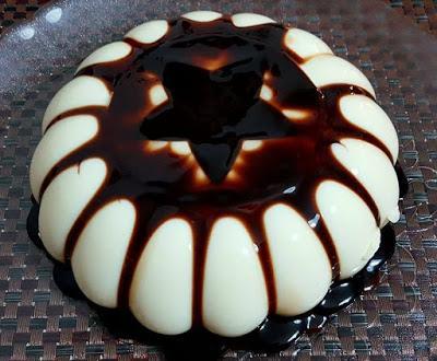 Φανταστική Πανακότα με σιρόπι σοκολάτας που θα τους ξετρελάνει όλους !!!