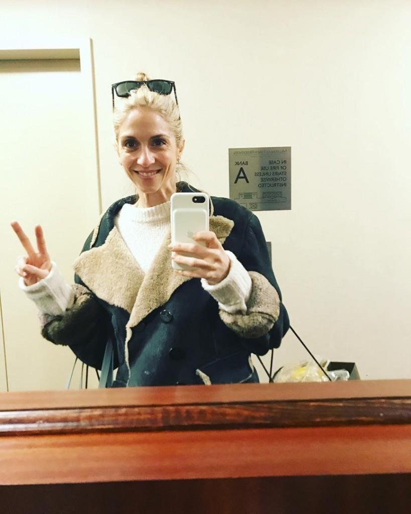 H Σοφία Καρβέλα με το νέο της look είναι πραγματικά αγνώριστη! (εικόνα)