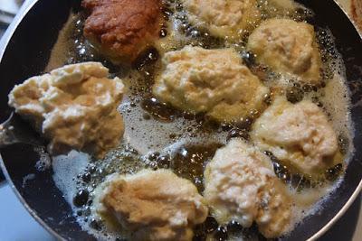 Παραδοσιακές τηγανίτες Βαρδουσίων!! πανεύκολες και πάρα πολύ χορταστικές