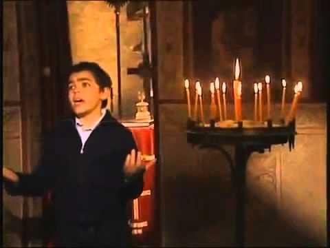 Χρήστος Σαντικάϊ: Δείτε πόσο έχει αλλάξει το παιδί που τραγουδούσε ύμνους από τα 9!