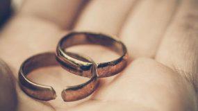 Αγγλία: Το πιο εύκολο διαζύγιο - χωρίζουν μέσω διαδικτύου