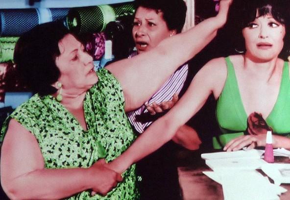 Μαίρη Μεταξά: Η υπερπροστατευτική και φωνακλού μαμά του ελληνικού σινεμά και το μοναχικό της τέλος