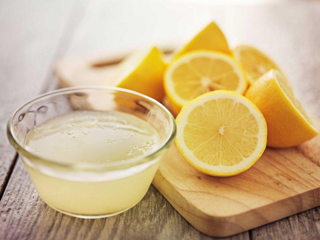 Τα ρούχα σας μυρίζουν υγρασία ή μούχλα; 6 εύκολες σπιτικές συνταγές που θα απομακρύνουν τις άσχημες μυρωδιές!