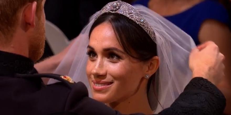 «Το κορίτσι μου είναι μια πριγκίπισσα» - Πέντε στιγμές που δάκρυσε η μαμά της νύφης Μέγκαν (εικόνες, video)