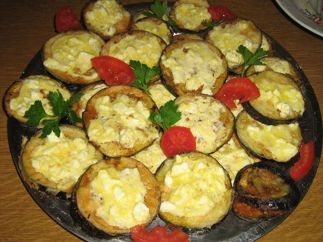 Πεντανόστιμες Μελιτζάνες τηγανιτές με τυρί-Θαυμάσιο ορεκτικό μεζεδάκι !!