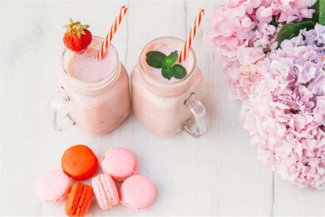 Γευστικά Smoothie με τρία υλικά που θα λατρέψουν όλα τα παιδιά