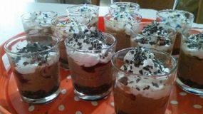 εκπληκτικά Δροσερά τσιζκέικ με μπισκότο σε σφηνάκι, συνταγή μούρλια!