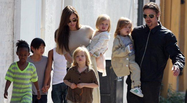 "O Μπραντ Πιτ ""κέρδισε"" την προσωρινή κηδεμονία των 6 παιδιών που έχει μαζί με την Angelina Jolie."