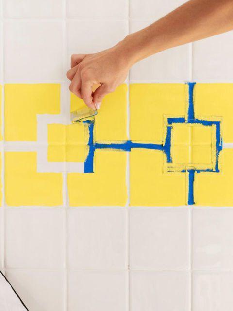 Πως να αλλάξετε τα χρώματα στα πλακάκια Του Μπάνιου Σας, Χωρίς Να Αλλάξετε Τα Πλακάκια! Ένας Πλήρης Και Χρήσιμος Οδηγός!