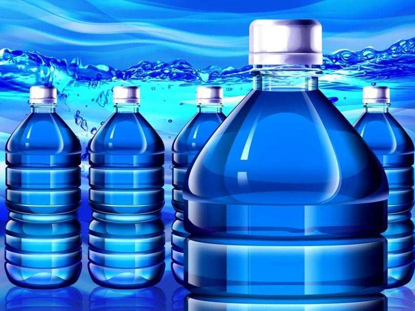 Το Ευρωπαϊκό Κοινοβούλιο πρόκειται να καταργήσει τα πλαστικά μπουκάλια νερού