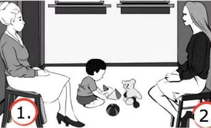 Ποια γυναίκα στην εικόνα νομίζετε ότι είναι η μητέρα παιδιού; Η επιλογή σας ίσως συμβολίζει πολλά για την προσωπικότητά σας