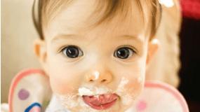 Φανταστικές ιστορίες που θα σας βοηθήσουν να ταΐζετε εύκολα τα μωρά σας!