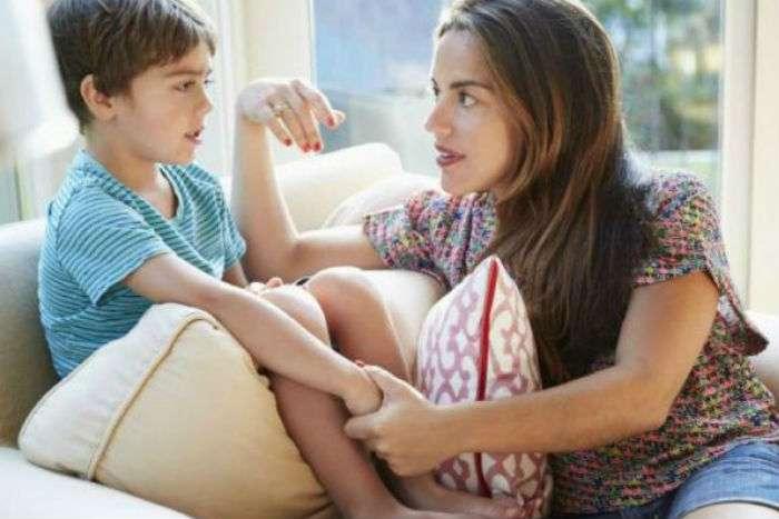 «Δεν είσαι καλό παιδί» – «δε σε αγαπώ πια», οι εκφράσεις αυτές προκαλούν τεράστια ψυχικά τραύματα στο παιδί.