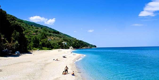 2+1 Ελληνικοί παράδεισοι για διακοπές που δεν χρειάζονται ακτοπλοϊκά!