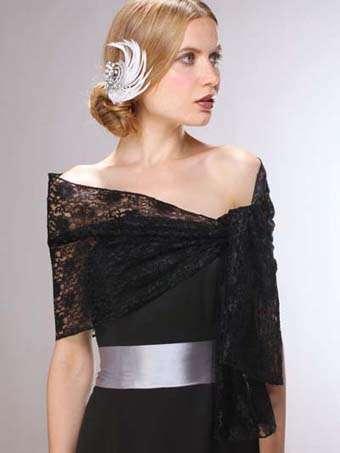 Πως μπορείτε να φορέσετε εσάρπες σε γάμο, με φορέματα ή σε βραδινές εμφανίσεις