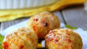 Πεντανόστιμα κεφτεδάκια κοτόπουλο στο φούρνο που μοιάζουν με τηγανιτά
