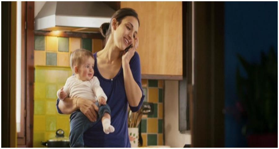 Η μαμά που δεν εργάζεται, δεν θα ακούσει ποτέ το «μπράβο» και το «ευχαριστώ» που της αξίζει