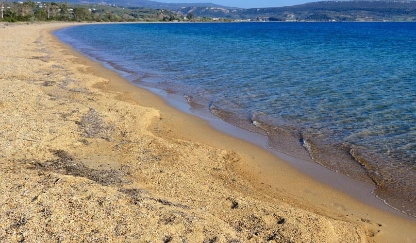 9+1 εξωτικές παραλίες της Μάνης με κρυστάλλινα και καταγάλανα νερά
