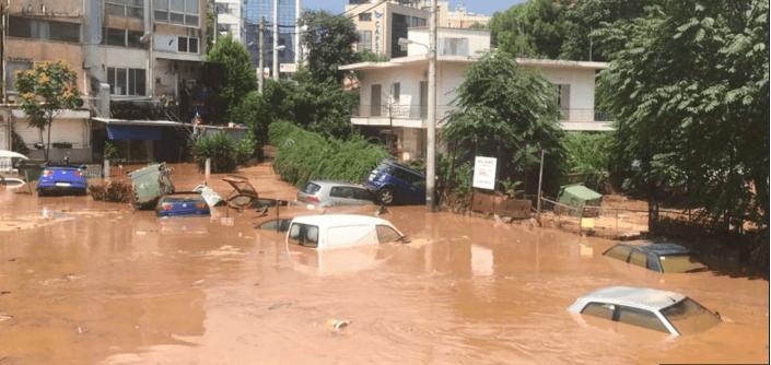 Νέο βίντεο-ντοκουμέντο από το πλημμυρισμένο πάρκινγκ στο Μαρούσι