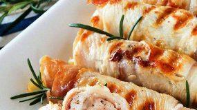 Πεντανόστιμα ρολά κοτόπουλου με τυρί