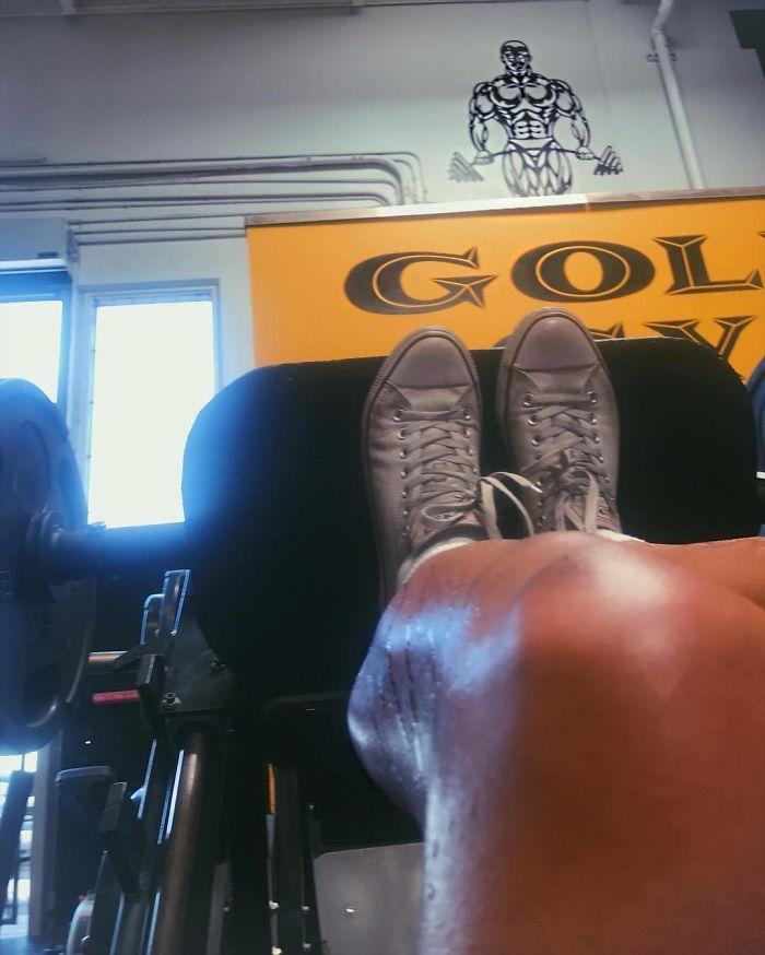 Mια 22χρονη που ζύγιζε 137 κιλά αποκάλυψε τι αλλαγή έκαναν 3 χρόνια γυμναστικής στο σώμα της