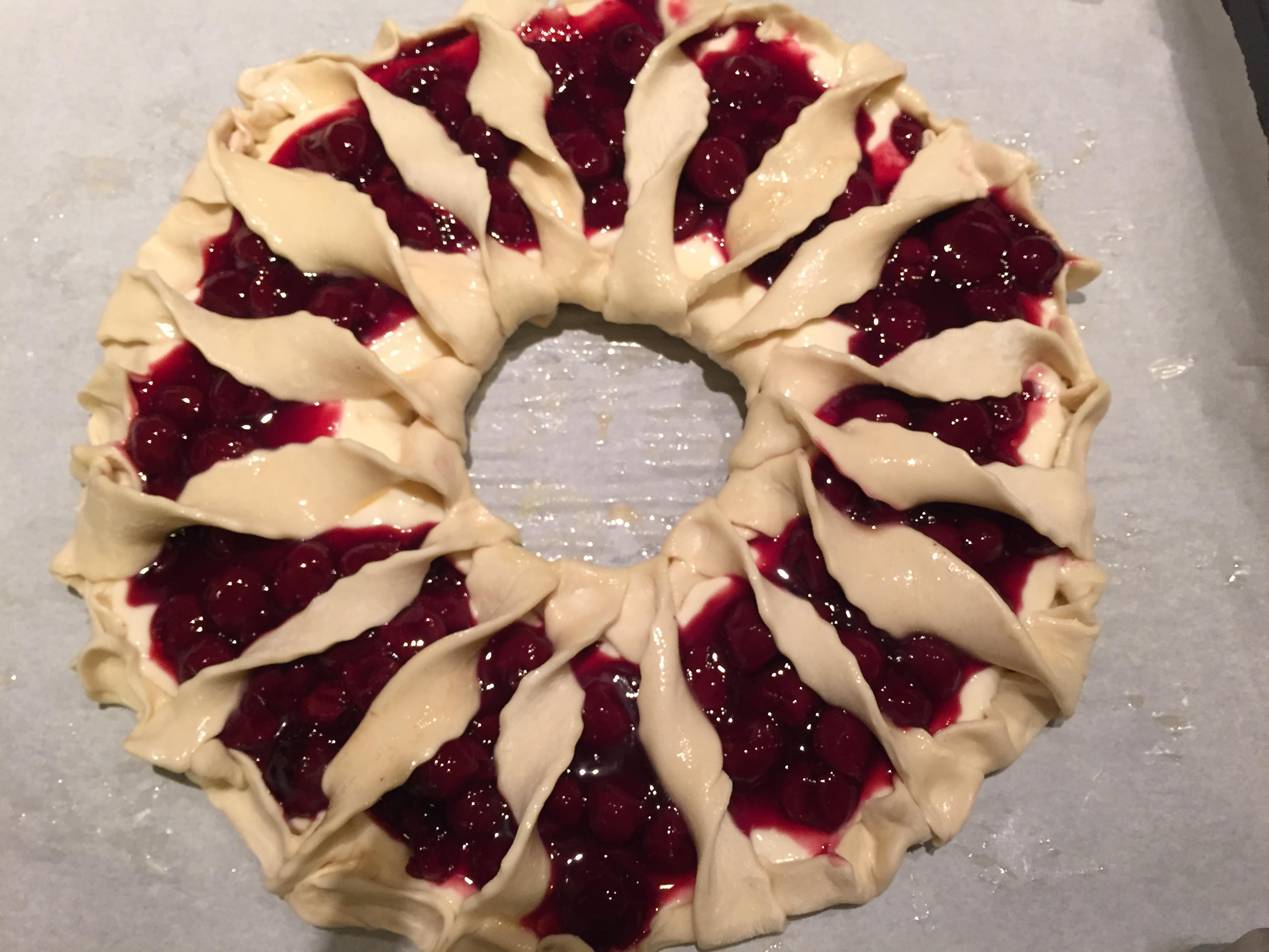 εύκολο cheesecake κορώνα με σφολιάτα χωρίς ζάχαρη από την Αργυρώ Μπαρμπαρίγου