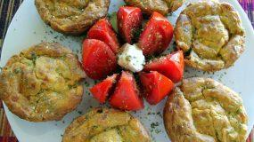 Μυρωδάτα muffins με κολοκυθοανθούς