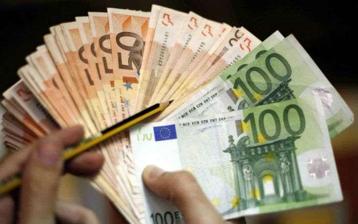 Προσοχή! Έκτακτο βοήθημα 1.000 ευρώ από τον ΟΑΕΔ για συγκεκριμένους ανέργους!