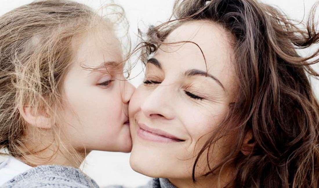 Γνωρίζετε γιατί τα παιδιά λατρεύουν τη θεία τους;