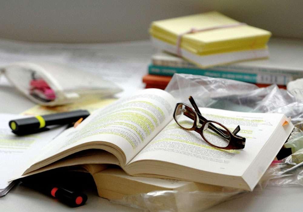 «Θέλω να ολοκληρώσω τις σπουδές μου βαρέθηκα να είμαι σύζυγος και μητέρα»