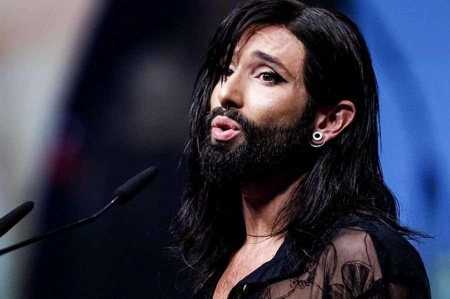 H Κοντσίτα έγινε ξανθιά – Αγνώριστη η νικήτρια της Eurovision το 2014 (εικόνα)