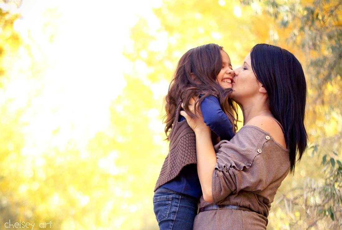 Σταμάτα να φωνάζεις και μόνο άκουσε: Σ' αγαπώ μαμά