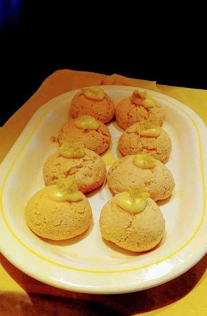 Αφράτα μπισκοτάκια λεμονιού γευστικά και πολύ πολύ εύκολα !!!