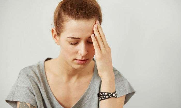 Έχετε συχνούς πονοκεφάλους; Μήπως σας λείπει αυτή η βιταμίνη;