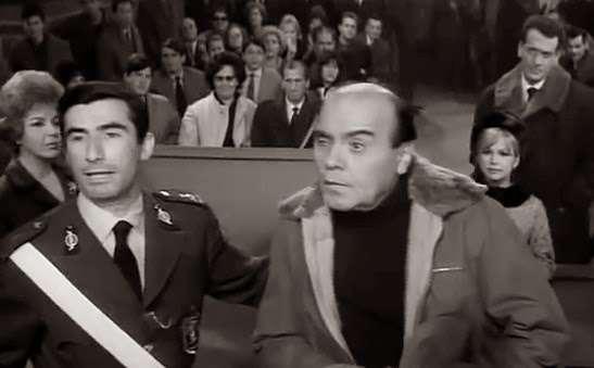 Αυτή είναι η σκηνή ελληνικής ταινίας που γυρίστηκε 10 φορές επειδή οι ηθοποιοί έσκαγαν από τα τα γέλια