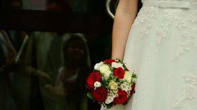 Σοκ για νύφη που αντίκρισε την πεθερά της να κάνει κάτι… αδιανόητο με το νυφικό της!